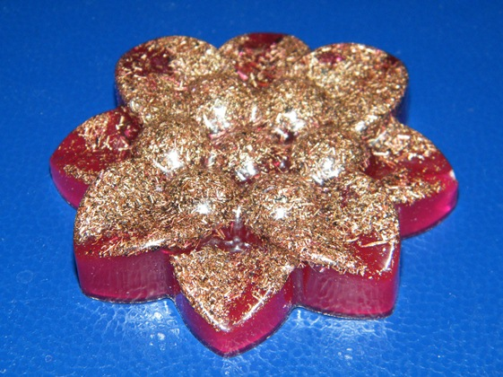 Floare orgonica violeta (red magenta) cu 8 petale