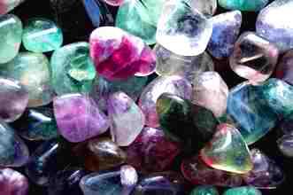 Cristalele furnizeaza energie si va refac sanatatea! O metoda simpla pentru a beneficia de puterea vindecatoare a cristalelor!