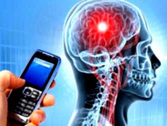 Un nou studiu arata ca telefoanele mobile cresc de 5 ori riscul de a cauza cancer! Ce putem face?